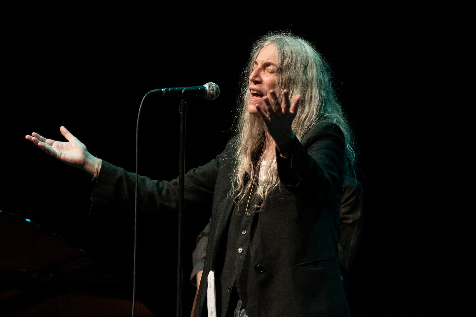 PATTI SMITH DONALD GORDON WMC
