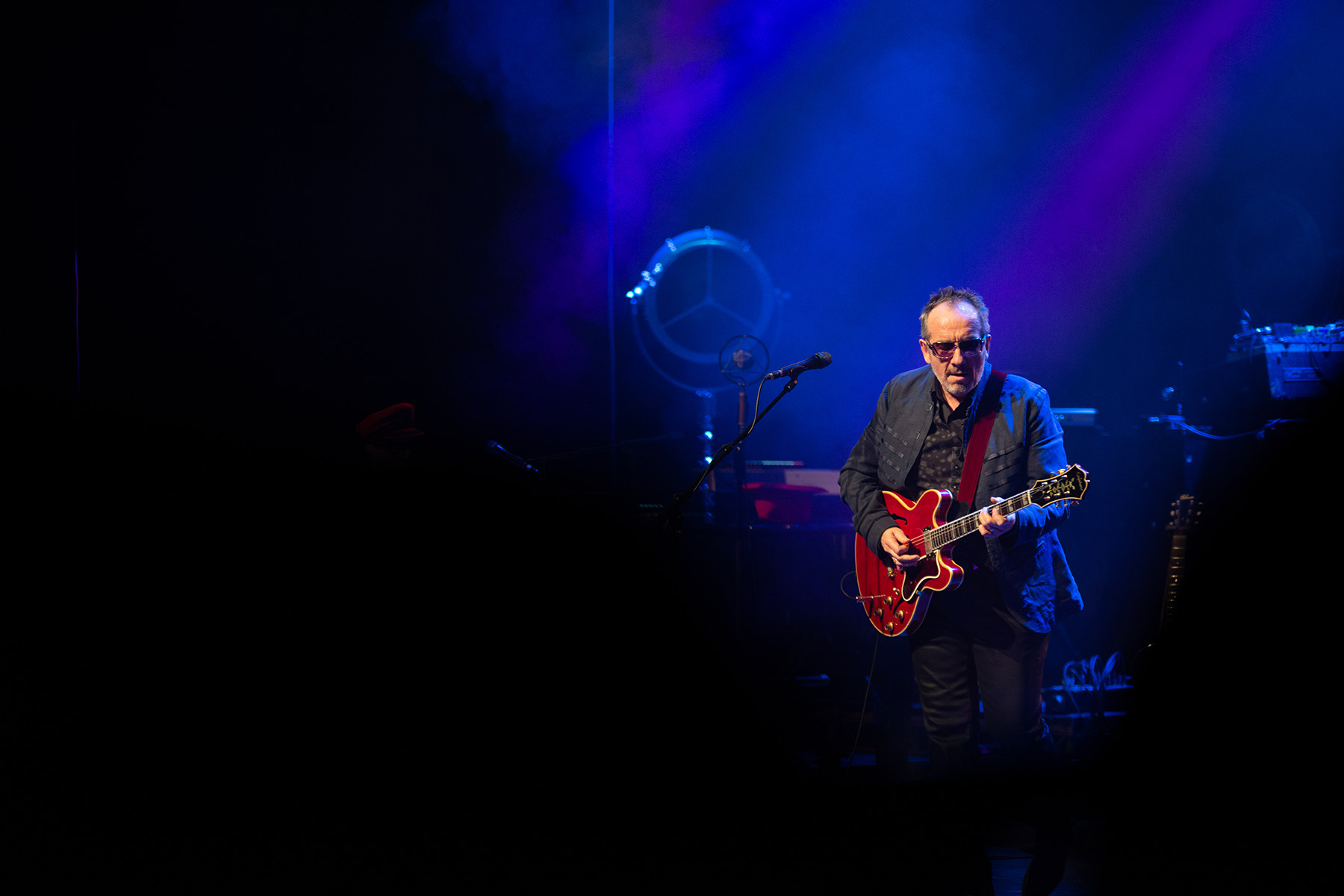 ELVIS COSTELLO AT DONALD GORDON WMC