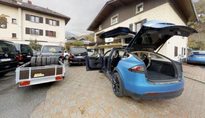 Cool Bus | Tesla Car